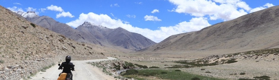 Explorers Ladakh Bike safari Trip